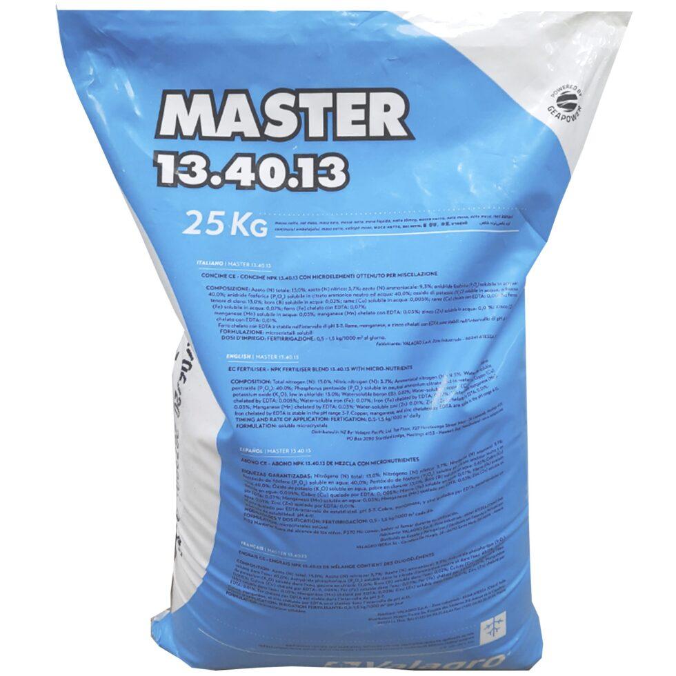 Удобрение Мастер (Master) 13.40.13 - это удобрение, содержащее необходимые питательные элементы для растений, с макро- и микроэлементами. Хорошо растворяется в воде.