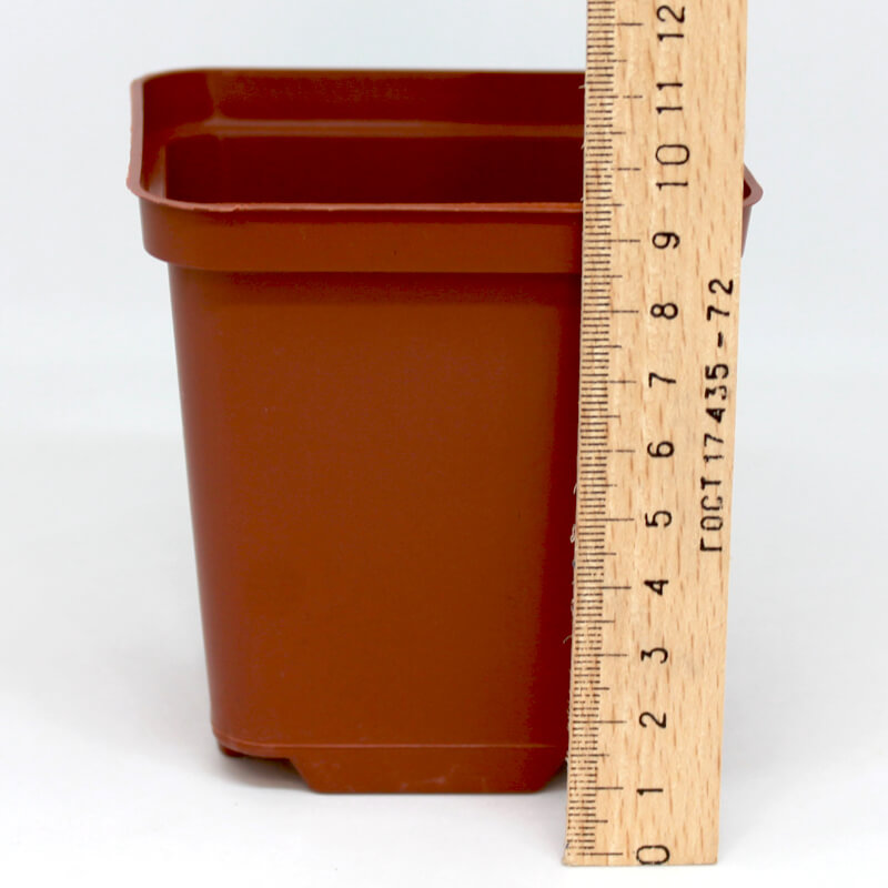 Горщик квадратний 9х9х10 см.